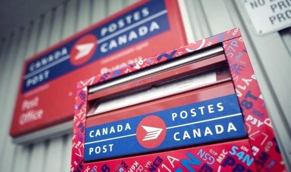 Changement d'adresse au Québec avec le service de réacheminement du courrier de Postes Canada